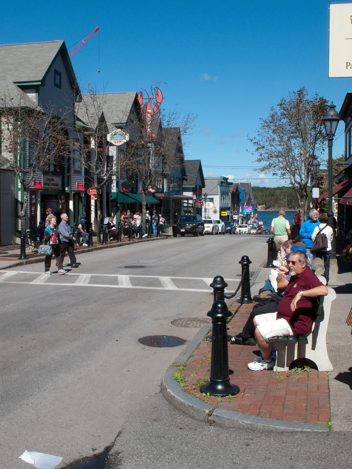 Street tourism in Bar Harbor Maine