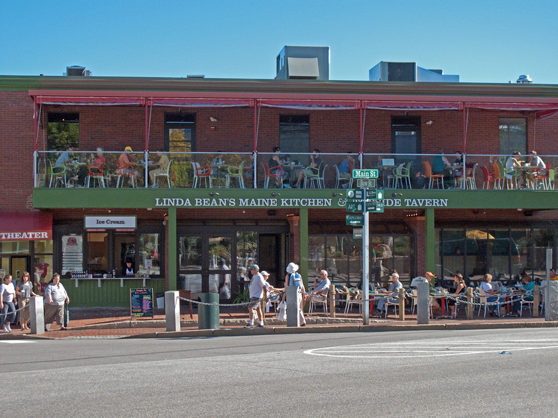 A relative of the L. L. Bean complex has a resturant right across the street.