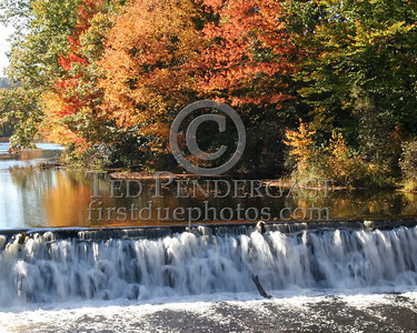 Water Falls - Unk Location in NH