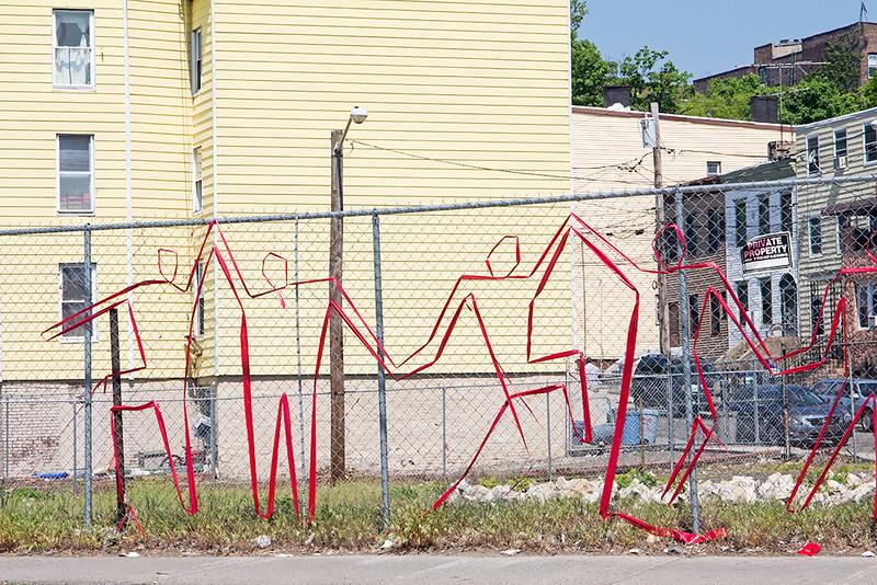 Fence art, Jersey City<br /> ©2015 Peter Aldrich