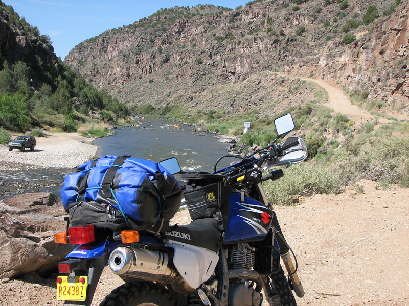 Here is the Rio Grande River.  That is the dirt road that takes you out of the canyon.  This is just about five miles west of the town of Arroyo Hondo.