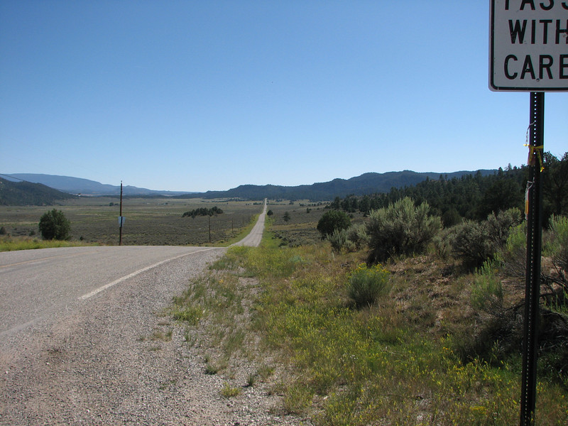 Anybody know this road.  BigLv took this very same photo this last spring.
