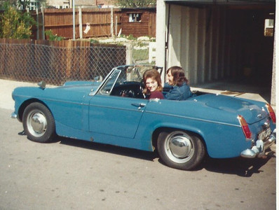Paul & Dee in their MG Midget