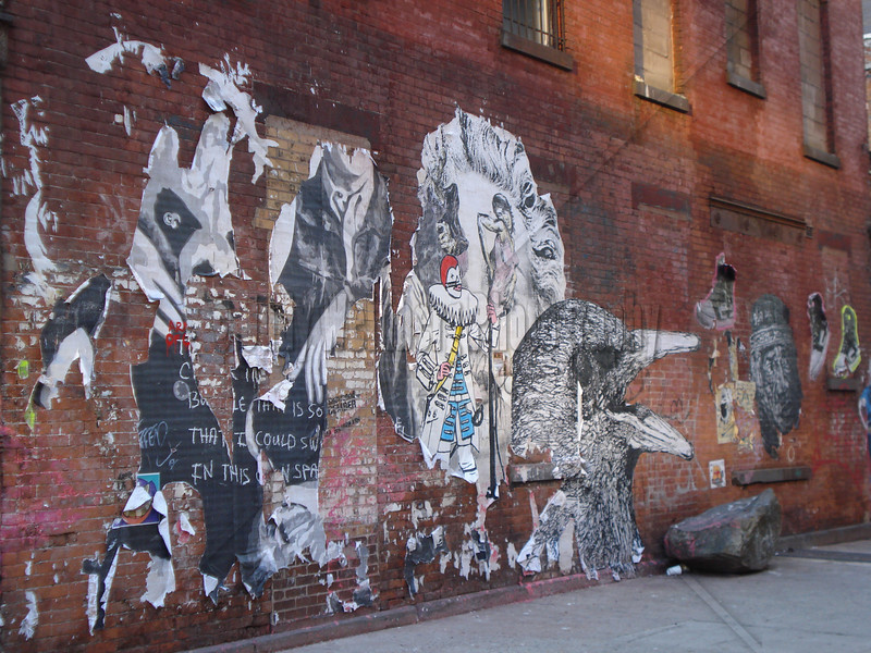 Raven Graffiti
