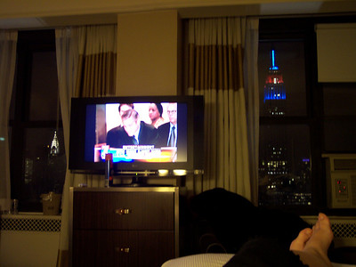 OK, I wasn't going to include this picture because the buildings are a little fuzzy.  But hey!  Clooney's on the TV.
