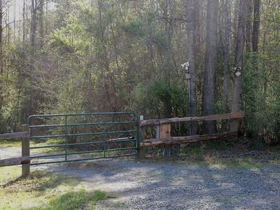 125 Gate Entry