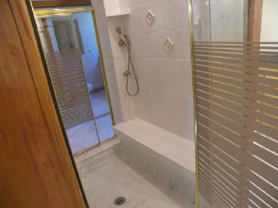 255 Her shower bench w-spray