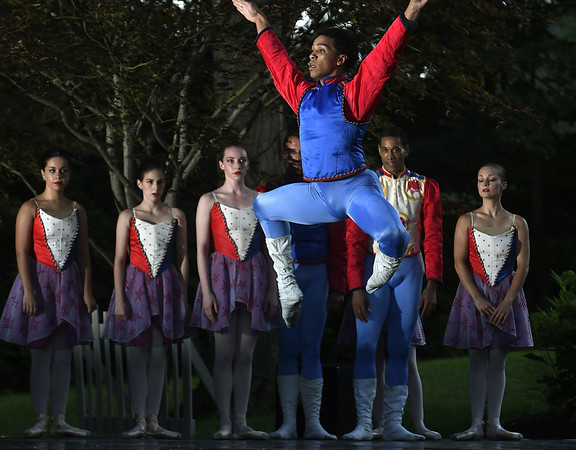 Ballet-pl-081817_0312