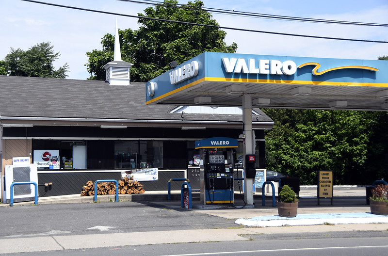8/4/2017 Mike Orazzi   Staff The Valero gas station on East Main Street in Plainville.