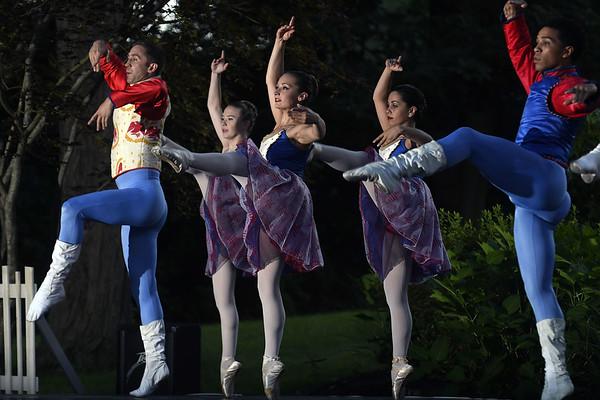 Ballet-pl-081817_0306::1