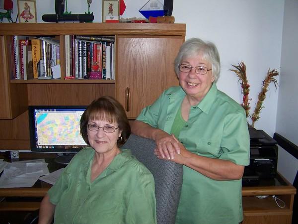 Diane Bojniewicz Szepanski sitting - Carol Kaczmarczyk Carter standing