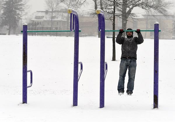 snowinpark-BR-123117_9157