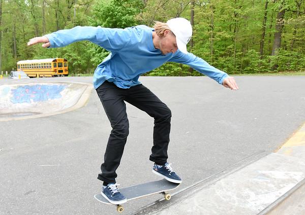 SkatePark-nb-100717-01useit-L