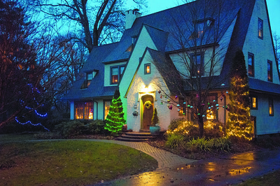 holiday-house-decorating-contest-still-accepting-submissions