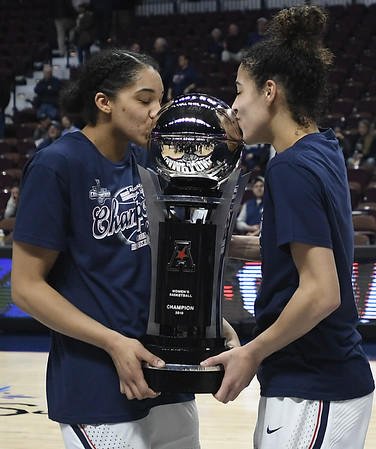 Gabby Williams, Kia Nurse