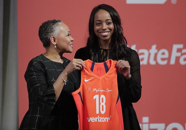 WNBA Lexie Brown::1