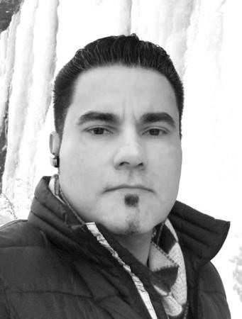Juan Perez Jr-bw.