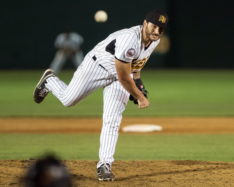 08/21/18  Wesley Bunnell | Staff  The New Britain Bees vs the Road Warriors on Tuesday night at New Britain Stadium. Brandon Beachy (22).