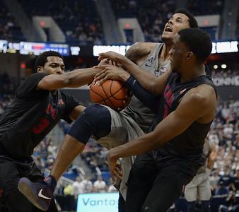 SMU UConn Basketball