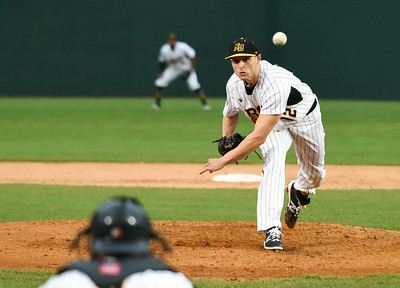 marzi-schools-bluefish-with-shutout-to-help-new-britain-bees-split-doubleheader