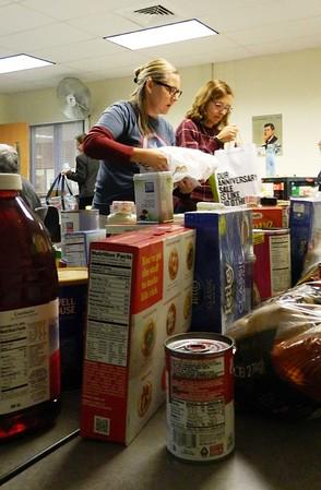 ThanksgivingBaskets-NTC-111017