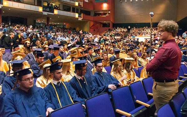 GraduationNewington-ne-062318-04