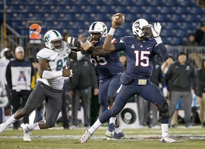 Tulane UConn Football