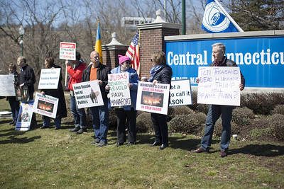 04.02.17 Christopher Burns | Special to the Herald A group rallied by Ukranian-Americans protested against former Trump campaign adviser Paul Manafort, a New Britain native, on Sunday, April 2.
