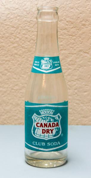 Canada Dry Club Soda Bottle (7 Oz.)