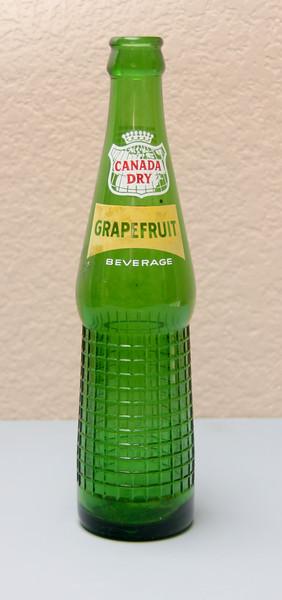 Canada Dry Grapefruit Bottle (10 Oz.)