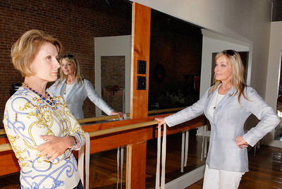 Bo Derek watches as Connie Crane, owner of Barrre Strength, demonstrates some of the pilates moves at her studio Friday evening. Photo Erica Miller 7/30/10 news_BoDerek2_Sat