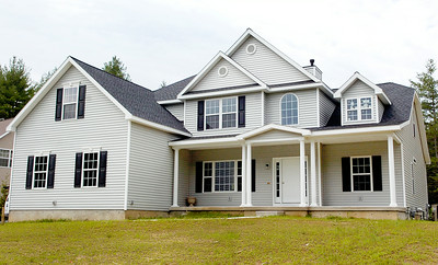 This house at 18 Waverly Place, Wilton, recently sold to Vincent Ferraro for $434,991. Photo Erica Miller 6/28/10 0703_Transaction