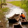 Young girl working around 瀘沽湖