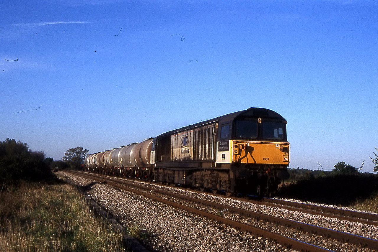 58007 on 6v62 bristol to westbury mondays only pass trowbridge 17 october 1999