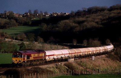 66013 passing freshford on furzebrook to hallen marsh lpg 11 sept 1999