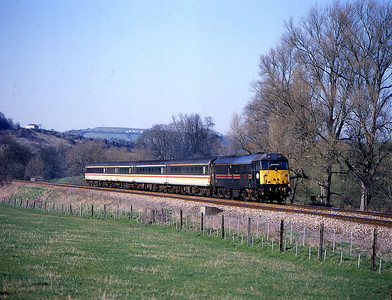 31468 1200 cardiff to brighton pass claverton 14 march.seen this pass bishton so chased it to here knowing there was no spare loco