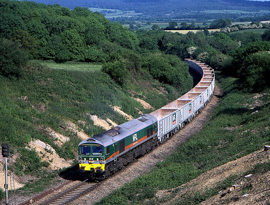 59002 6v67 think purfleet to merehead at studley farm 5 june.this shot has now gone