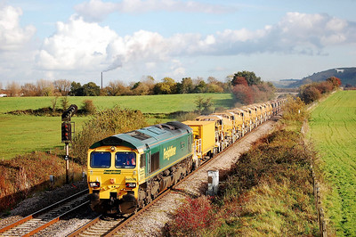 66526 driver steve(george)dunn on 6c73 1315 westbury to fairwater yard on approach to fairwood junction 27 oct 2008.steve was a westbury second man from 1978 for about 10 years then decided to move to birmingham new street.he then moved to ferrybridge working for national power/ews.he moved across to freightliner and was in his second day of learning the road from immingham when tragically killed along with others at great heck.he tried in vain to stop the train whilst telling the other driver to run into the engine room.A true hero which was mentioned in the report.sadly missed by his family and all his friends