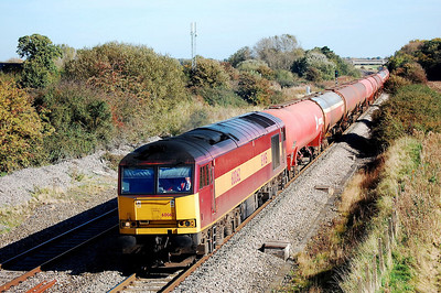 60062 6b33 1215 theale to robeston passing shrivenham station 11 oct 2008