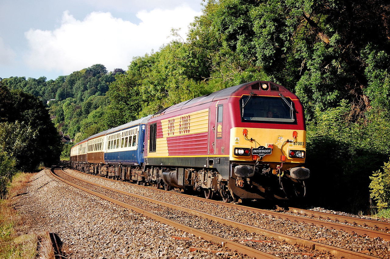 67003 1z60 0610 easleigh to carmathen on approach to dundas aquaduct at fishersmans xing 25 july