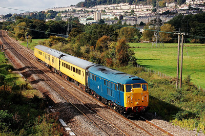 31106 4z10 1103 kingsland road to weymouth at bathampton junc 24 sept