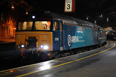 57315 awaiting departure from bristol temple meads heading for cardiff