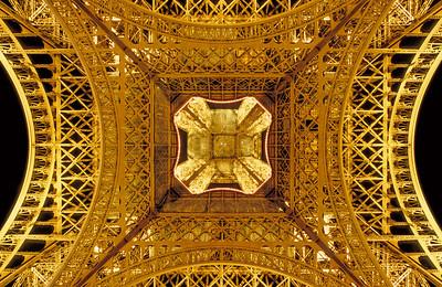 Eiffel zoom 1
