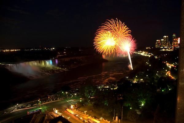 Niagara Falls - Fireworks and Night Lights
