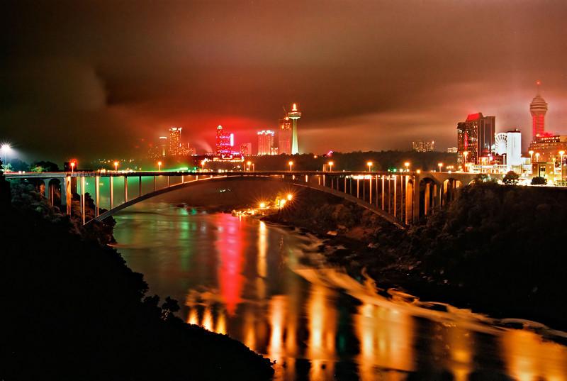 After Dark Night Tope shot.  Bridge to Canada/mist from Falls.  OM-2 Tam 35-105 at F11, Kod UC100 Fall 2008