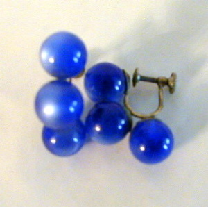 Ultramarine-earrings