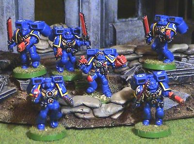 Ultramarine-assault-squad