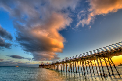 High Dynamic Range (HDR) Landscapes of the Malibu Pier Shot With Nikon D3X