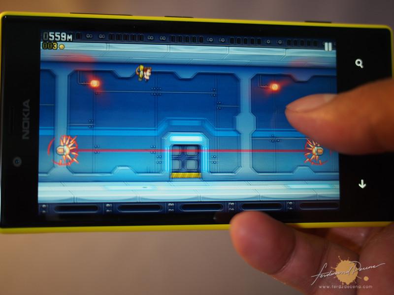 Jetpack Joyride on Windows Phone 8