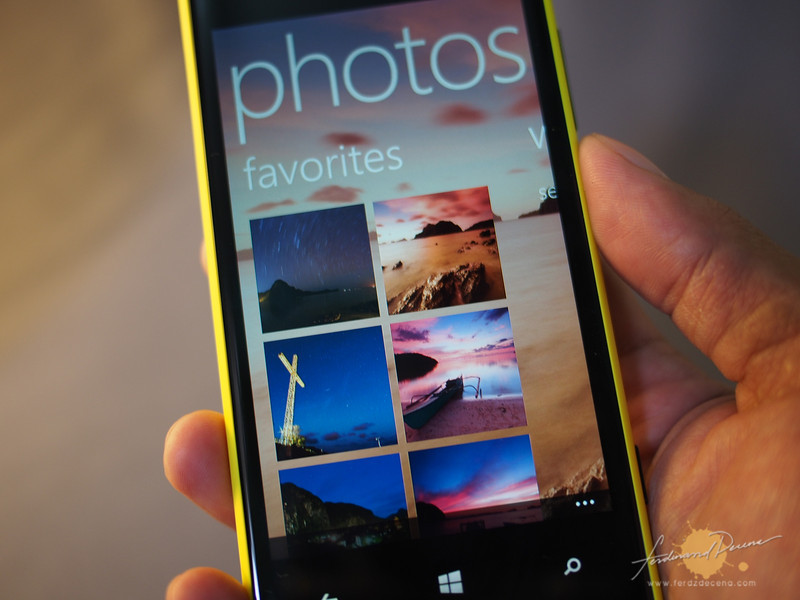 The Photo Gallery application of the phone